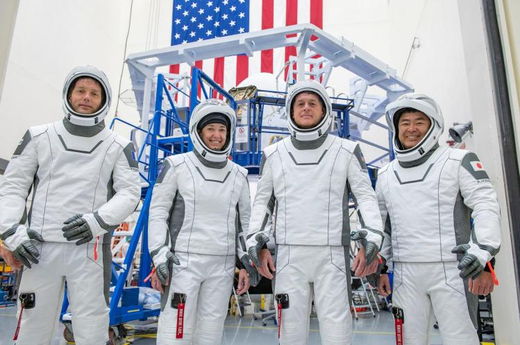 Equipage Crew Dragon 2 (image NASA)