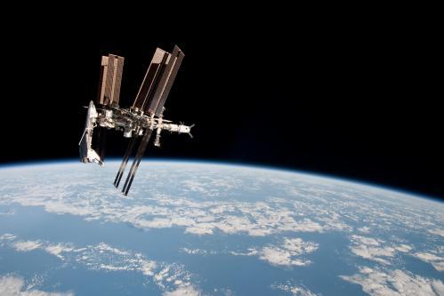 La navette Endeavour amarrée à l'ISS (image NASA)