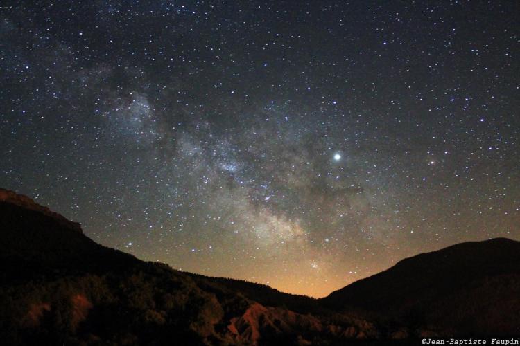Jupiter traverse la Voie Lactée (image Jean-Baptiste Faupin)
