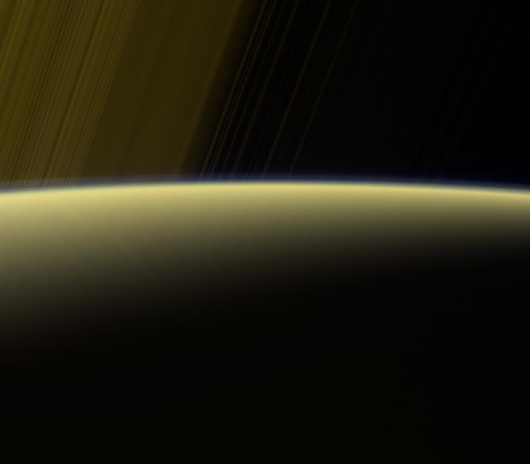 L'atmosphère de Saturne vue par Cassini (image NASA)