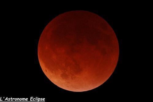 L'éclipse à 05h21 (image L'Astronome Eclipse)