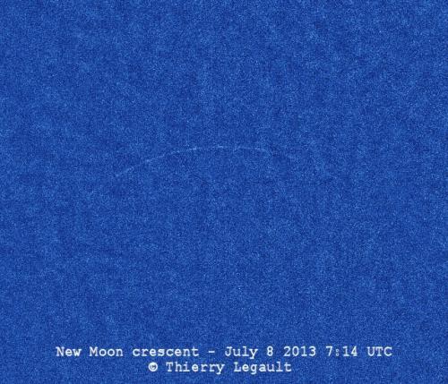 Le fin croissant lunaire photographié au télescope (image Thierry Legault)