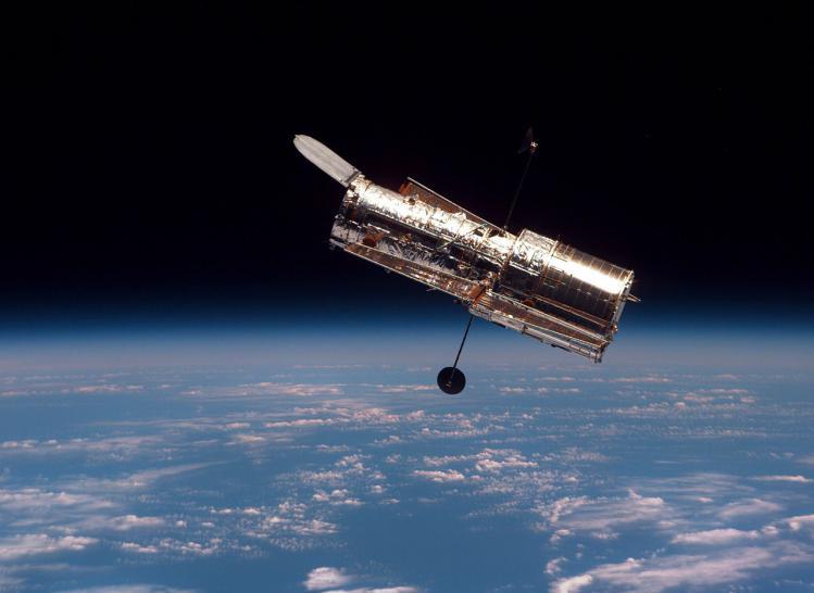 Le télescope spatiale Hubble en orbite (image NASA)