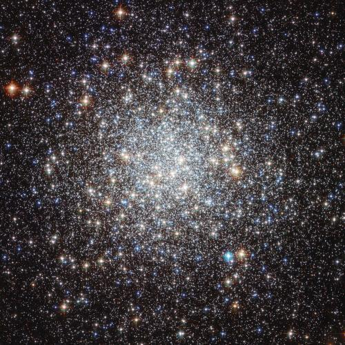 Messier 9 (image Hubble)