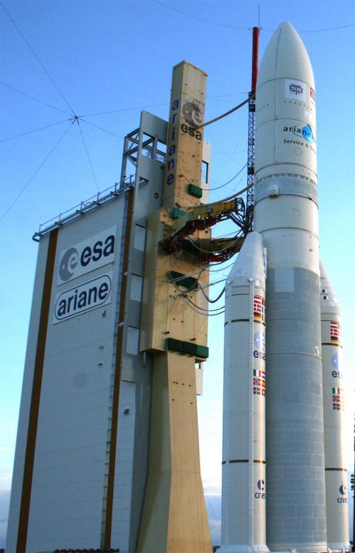 Ariane 5 sur son pas de tir (image Arianespace)