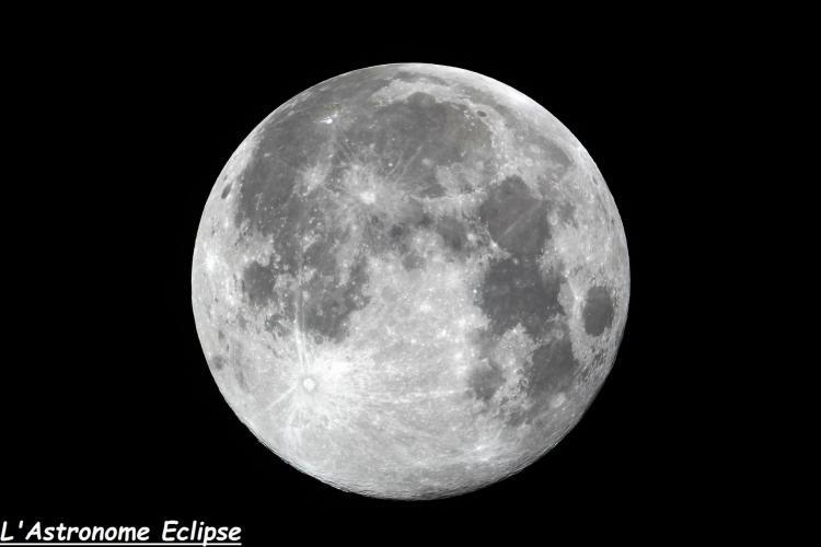 Pleine Lune photographiée au télescope (image L'Astronome Eclipse)
