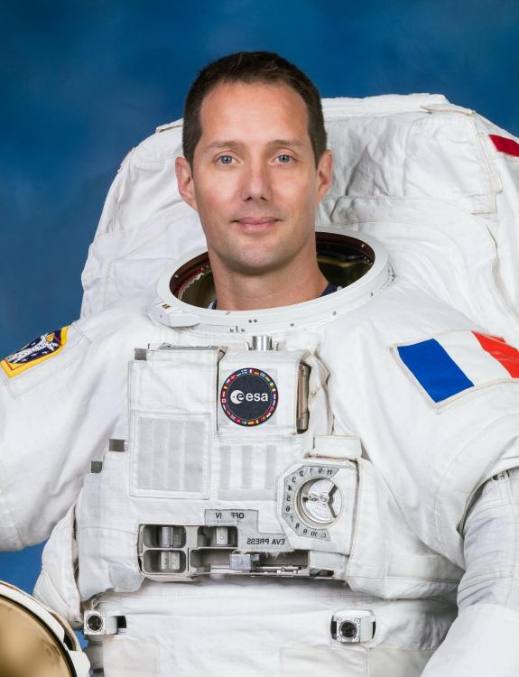 Portrait officiel de Thomas Pesquet (image ESA)