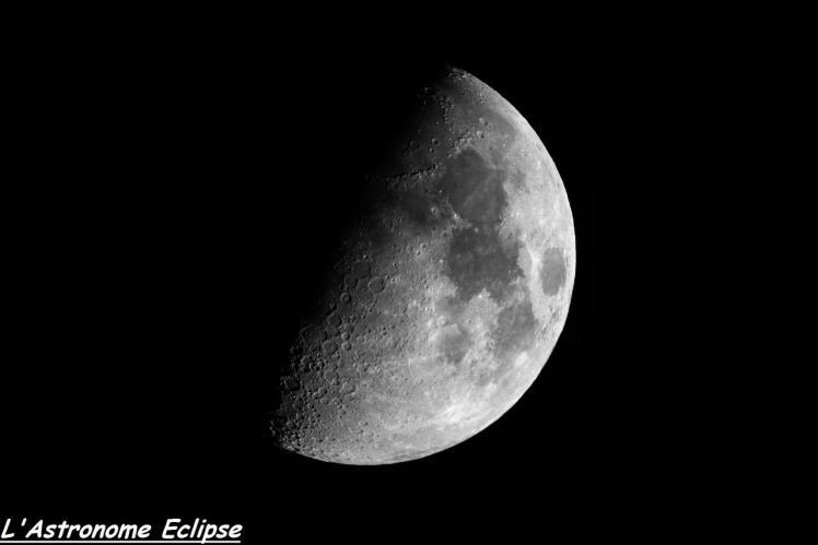 Quartier lunaire photographié à travers la brume (image L'Astronome Eclipse)