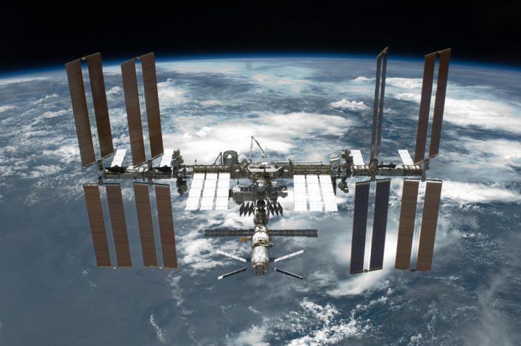 L'ISS photographiée lors de la mission STS 134 (image NASA)