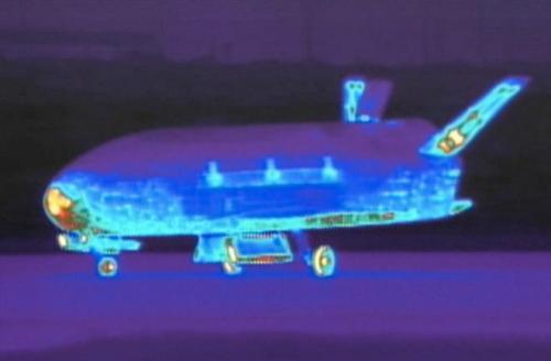 Image infrarouge du x-37B (image USAF)
