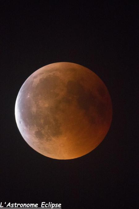 L'éclipse à 23h47 (image L'Astronome Eclipse)