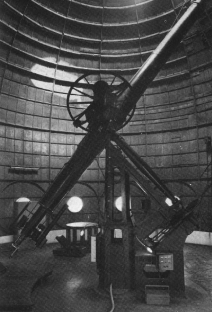 Lunette de 38cm de diamètre construite par Arago en 1855 (image imcce)